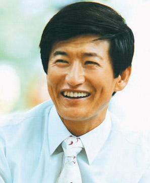 Jung Myung Seok 2013 Most Beautiful Person Seoul Literature Prize Winner.jpg